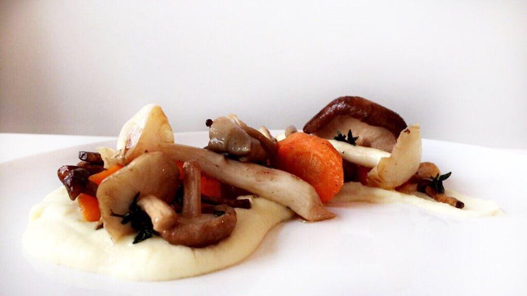 Kerstmenu: paddenstoelen met wortelgroenten en truffel